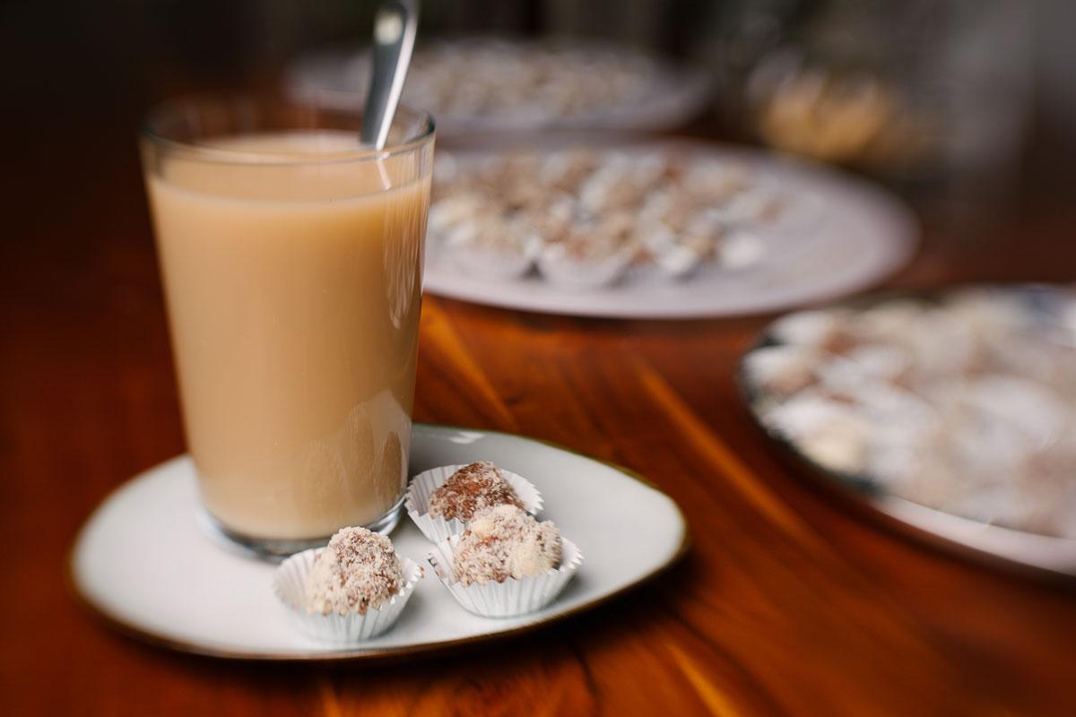 ayurvedische Mandelmilch
